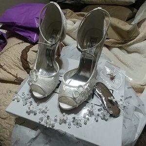 Luxveer heels